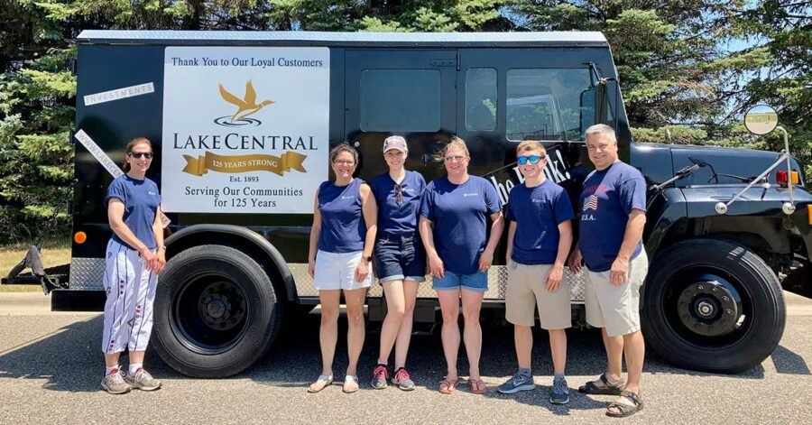 2021 Annandale 4th Of July Parade Lake Central Bank